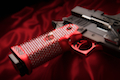 Airsoft Surgeon Inifinity SWAROVSKI Crystal Rouge Capsicum Open (Black / Red)