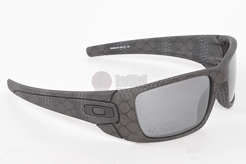 f362cfb4c0 Enlarge Image Oakley SI Fuel Cell Danial Defense (Cerakote Ultrablend Black  Frame   Black Iridium Polarized Lens